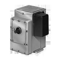 Dungs Контроль расхода газа / Принадлежности горелки Запорные клапаны с ручным взводом, дифференциальные счетчики газа, счетчики газа Venturi, электрические приводы, трансформаторы зажигания (США/CDN)